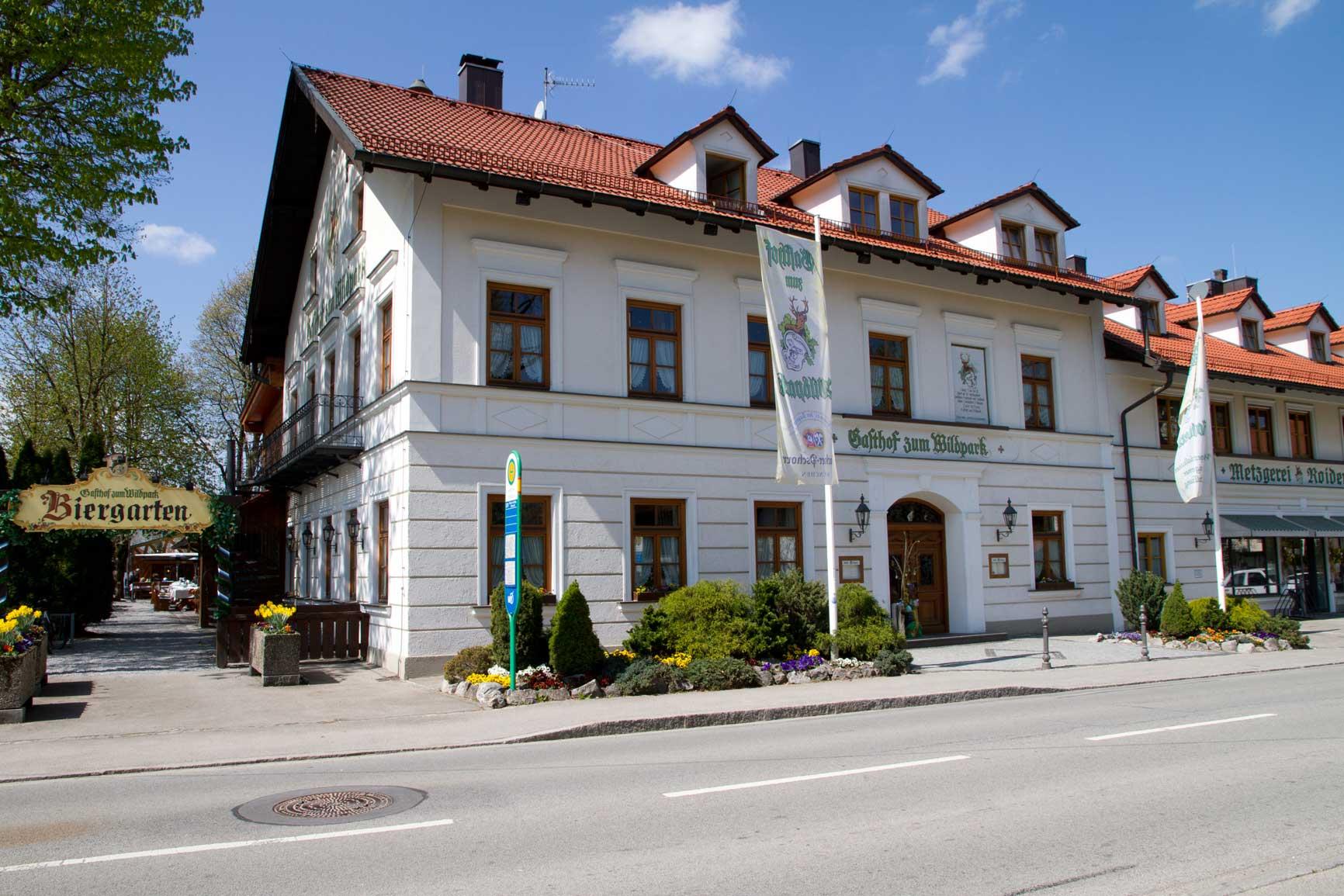 Biergarten Gasthof zum Wildpark in Straßlach bei München